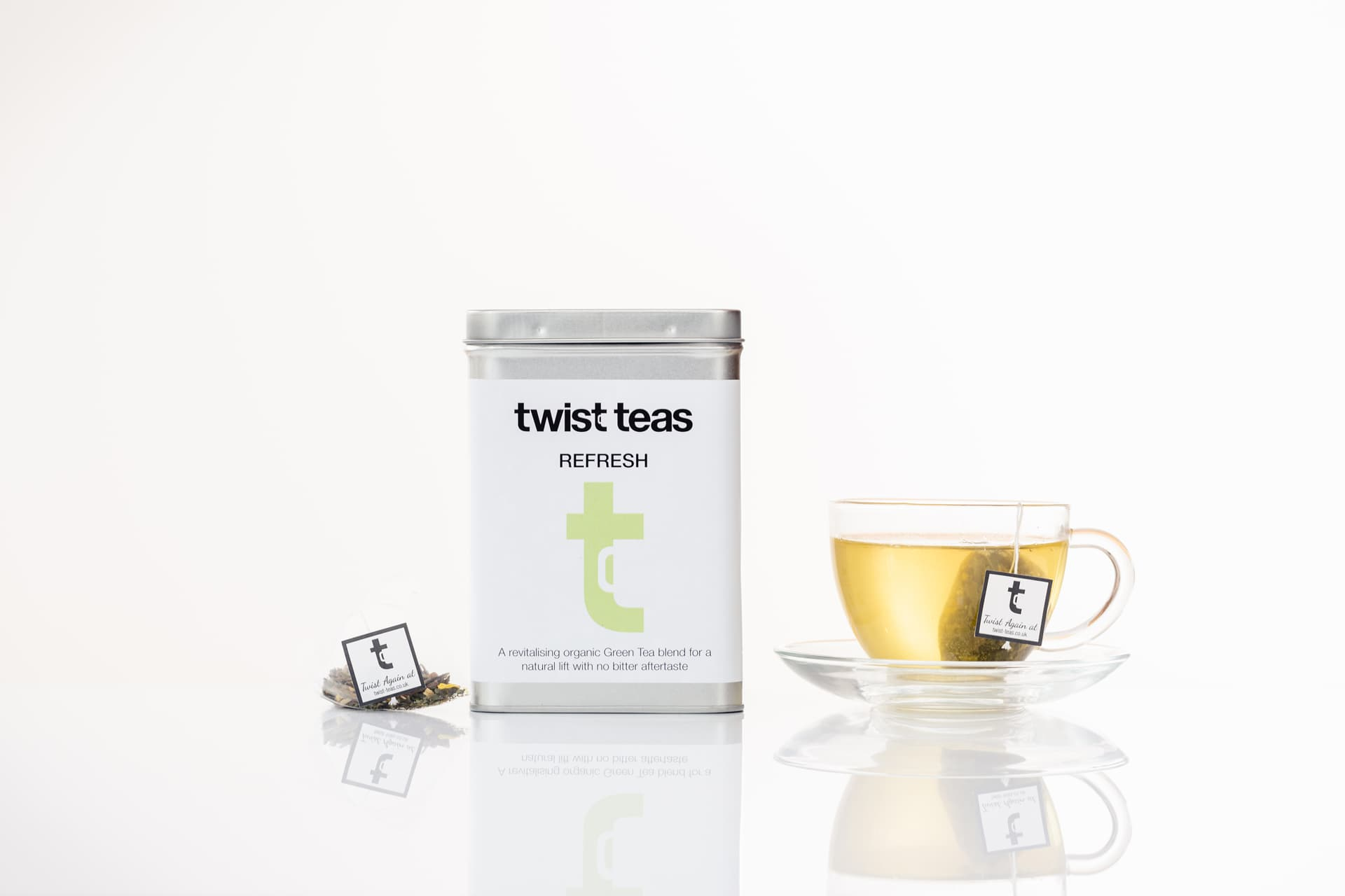 Twist Teas Refresh Tea in cup